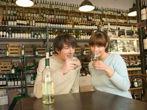 2nd-date-wine-tasting-0610-de